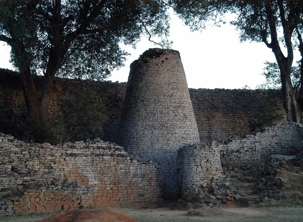Great zimbabwe ruins places to visit in masvingo zimbabwe great zimbabwe great enclosure sciox Image collections