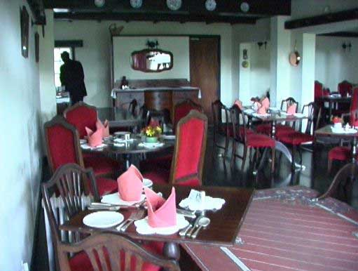 White horse inn hotel in mutare zimbabwe for Dining room suites zimbabwe
